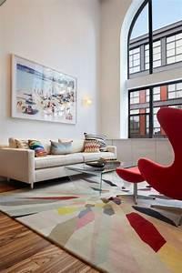 deco salon en couleur rouge quelques idees magnifiques With tapis rouge avec mister canapé