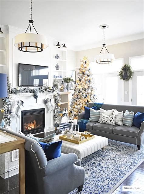 Living Room With Blue Decor by Best 25 Silver Living Room Ideas On Living