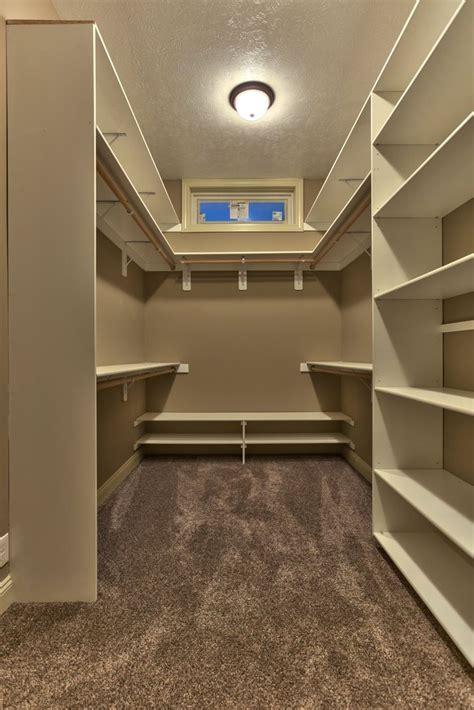 Closet Ideas For Master Bedroom by Best 25 Master Closet Design Ideas On Closet