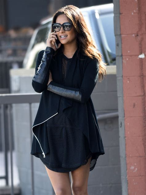 Style 2015 Frühling by Shay Mitchell Style Out In Los Angeles February 2015