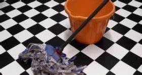 Nettoyage Carrelage Vinaigre : nettoyer le carrelage sans laisser des traces tout pratique ~ Premium-room.com Idées de Décoration