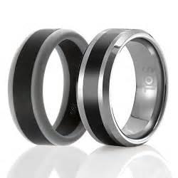 mens wedding bands tungsten sol set of 2 1 tungsten wedding band and 1 silicone rubber wedding ring for