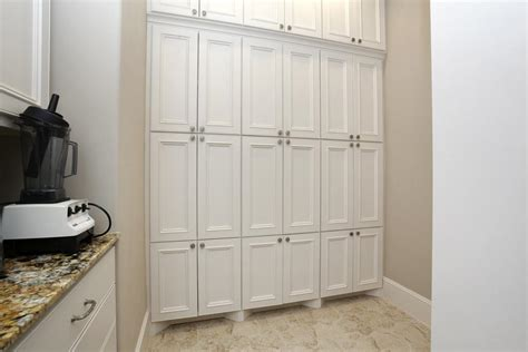 Floor To Ceiling Cupboards by Floor To Ceiling Cabinets Wallpaperall