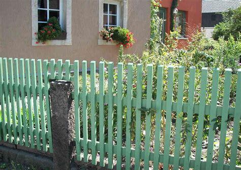 Gartenzaun Aus Holz Selber Bauen Anleitung