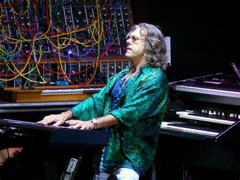 RIP: Keith Emerson, Keyboardist Extraordinaire of Emerson ...