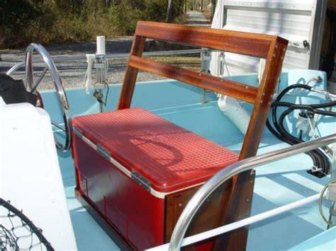 Boat Seat Locker by Boat Seat Diy Boating Boats Boat Seats