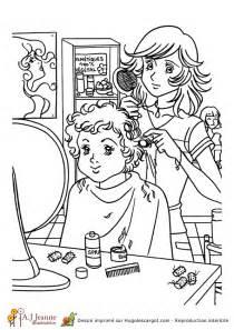 coloriage metier coiffeuse