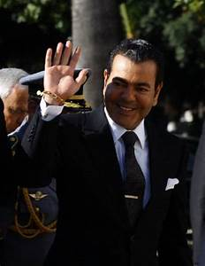 Prince Moulay Rachid of Morocco waves upon his arrival at ...