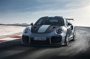 Porsche 911 Gt2 Rs 2017 : 2018 porsche 911 gt2 rs delivers 700 hp motor trend ~ Medecine-chirurgie-esthetiques.com Avis de Voitures