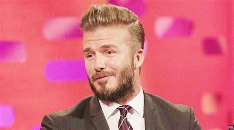 Gaya Rambut Ini Bikin David Beckham Menyesal Seumur Hidup Model Rambut Layer Korea 2018 Panjang Agar Terlihat Fresh Jaman Dulu Zigzag Sebahu Gaya Tapi Rapi Belakang Bob