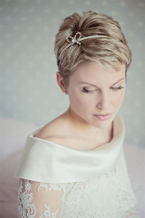 10 brides with short hair show you how it 39 s done mywedding