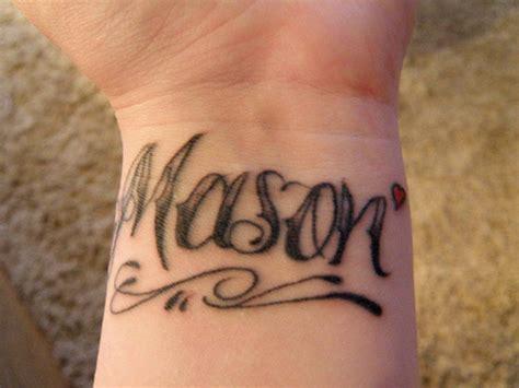 tatouage homme bracelet   de tatouage bracelet
