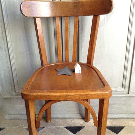 chaise en bois ancienne mzaol