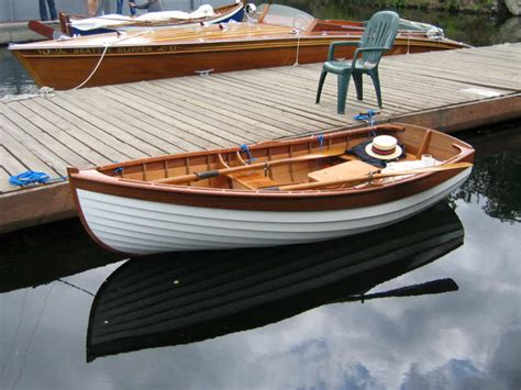 Round Wood Boat by 10 Lapstrake Dinghy