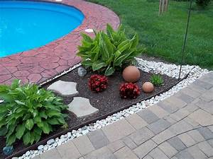 Garden  Mulch Beds  Mulch Washing Away  Drainage Solution