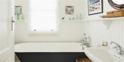 tidy bathrooms secrets daily habits   clean bathroom