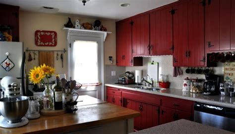 Red kitchen cabinets photos