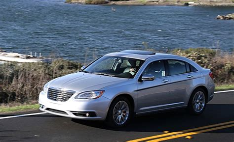 2011 Chrysler 200 Review by 2011 Chrysler 200 Review Car And Driver