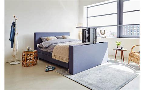 tv kast voeteneind bed simple boxspring infinity met tv lift with tv kast