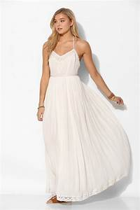 kimchi blue dove crinkle gauze maxi dress in white lyst With robe fluide blanche