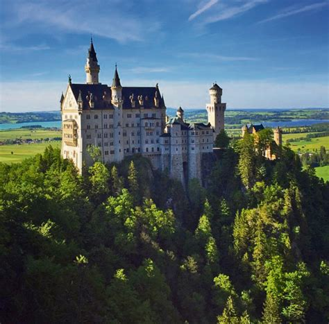 Pop, rock, indie, punk, jazz, blues, comedy, kabarett, infotainment und mehr Neuschwanstein Castle - Kaiserslautern American