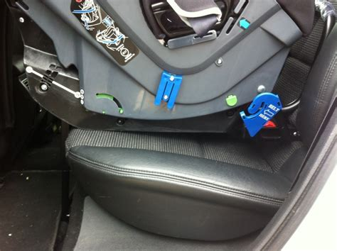 siege auto qui s incline siege auto isofix qui ne touche pas le siege de la voiture