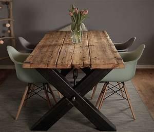 Tisch Aus Holz : esstisch aus ger stbohlen massivholz industrial design massivholztisch stahlgestell shabby ~ Watch28wear.com Haus und Dekorationen
