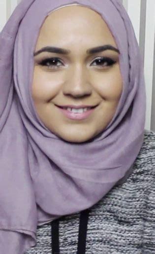 tutorial hijab simpel  bikin pipi terlihat lebih tirus halaman