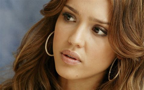 jessica alba wallpapers images  pictures backgrounds