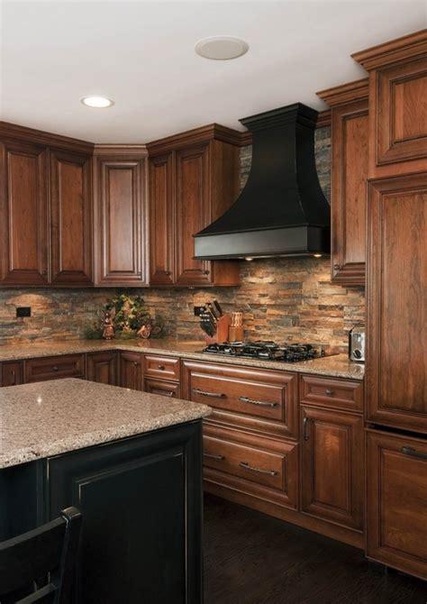 stone backsplash ideas   statement   kitchen