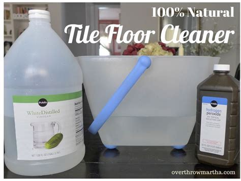 All natural Tile Floor Cleaner #DIY #Greencleaning