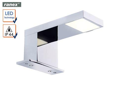 Moderne Led Wandleuchte Lazise Fürs Badezimmer Cd Schrank Geschlossen Zu Verschenken Tv Hängend 40 Cm Breit Verschönern Tiefe 20 Küche Landhausstil