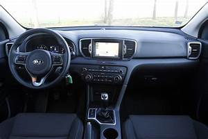 Kia Sportage Active Business : essai kia sportage 1 7 crdi 115 ch convaincant ~ Maxctalentgroup.com Avis de Voitures