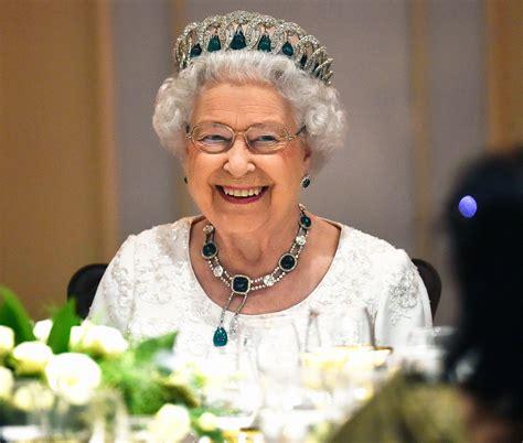 queen elizabeth ii dies