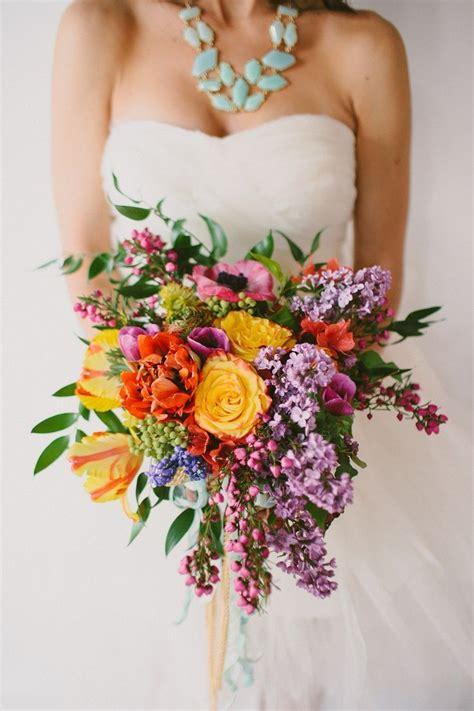15 Prettiest Bouquets Ideas For Fall Wedding Tulle
