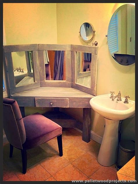 Diy Vanity Table With Mirror by Pallet Dressing Tables With Mirror Pallet Wood Projects