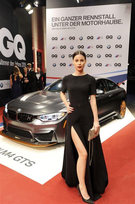 celebrities  turns posing   bmw  gts  gq