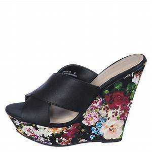 Women 39 S Booth 22 Wedge Sandal Black Floral Sale Womens