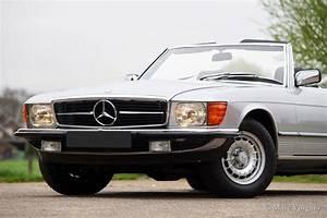Mercedes-benz 280 Sl  R107   1982 - Classicargarage
