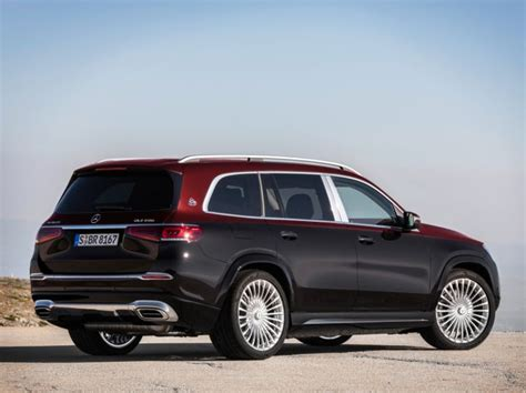 As well as other luxurious cars, this premium suv provides an interesting infotainment system. Mercedes-Maybach GLS 600 Luxury SUV Unveiled - ZigWheels