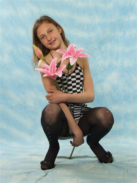 Vladmodels Katya Y111 Set 177 75p Free Hot Girl Pics