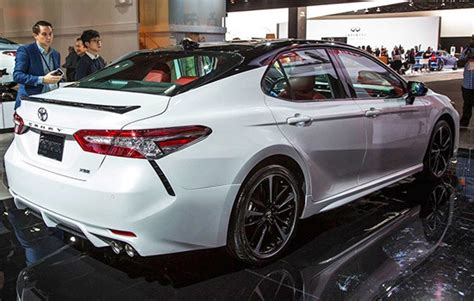 toyota camry review specs price  release date