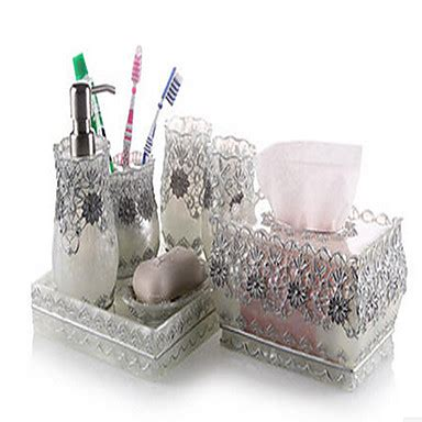 Kuschelwohnen Materialien Accessoires by 7 Bath Collection Set Resin Material Silver Color