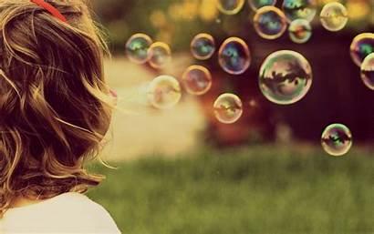 Soap Bubbles Cool