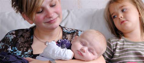 arrivee de bebe prevenir la jalousie