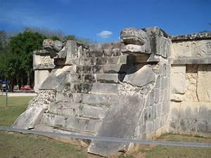 Kukulkan Chichen Itza Mayan Pyramid Secrets And Equinox