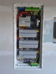 Tableau Electrique 4 Rangées : tableaux electrique hager bricolage sur enperdresonlapin ~ Dailycaller-alerts.com Idées de Décoration