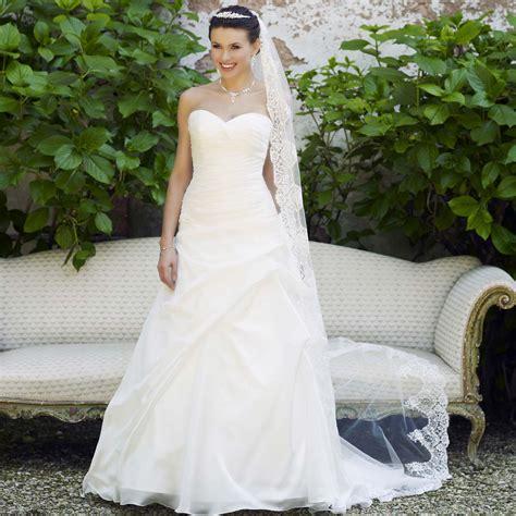 robe de mari 233 e pas cher en organza avec bustier cœur instant pr 233 cieux
