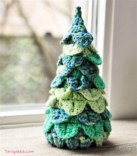 crochet a christmas tree free pattern yarnplaza com
