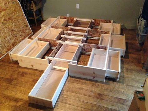 Best Queen Storage Bedframe, New, Pine, 7 Drawer In